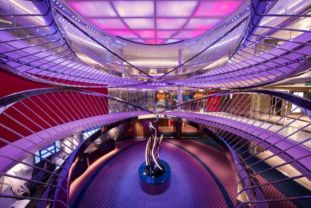 Cruiseschip-Holland America Line-Nieuw Statendam-Atrium