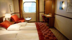 Cruiseschip-Hurtigruten-MS Fram-Schip-Polar Outside-Categorie FJ