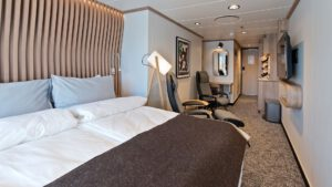 Cruiseschip-Hurtigruten-MS Fridtjof Nansen-schip-Arctic Superior-Categorie XTJ