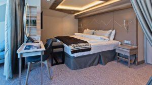 Cruiseschip-Hurtigruten-MS Fridtjof Nansen-schip- Suite-Categorie MF