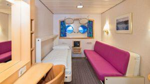 Cruiseschip-Hurtigruten-MS Kong Harald-Schip-Categorie Polar Outside-Cat. L-Buitenhut