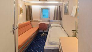 Cruiseschip-Hurtigruten-MS Vesteralen-Schip-Polar Inside-Categorie I2