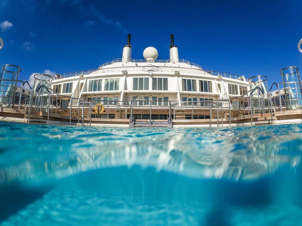 Cruiseschip-Queen Mary 2-Cunard--ool
