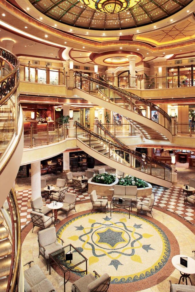 Cruiseschip-Crown Princess-Princess Cruises-Atrium