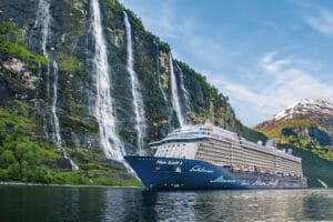Cruiseschip-Mein Schiff 4-TUI Cruises-Schip