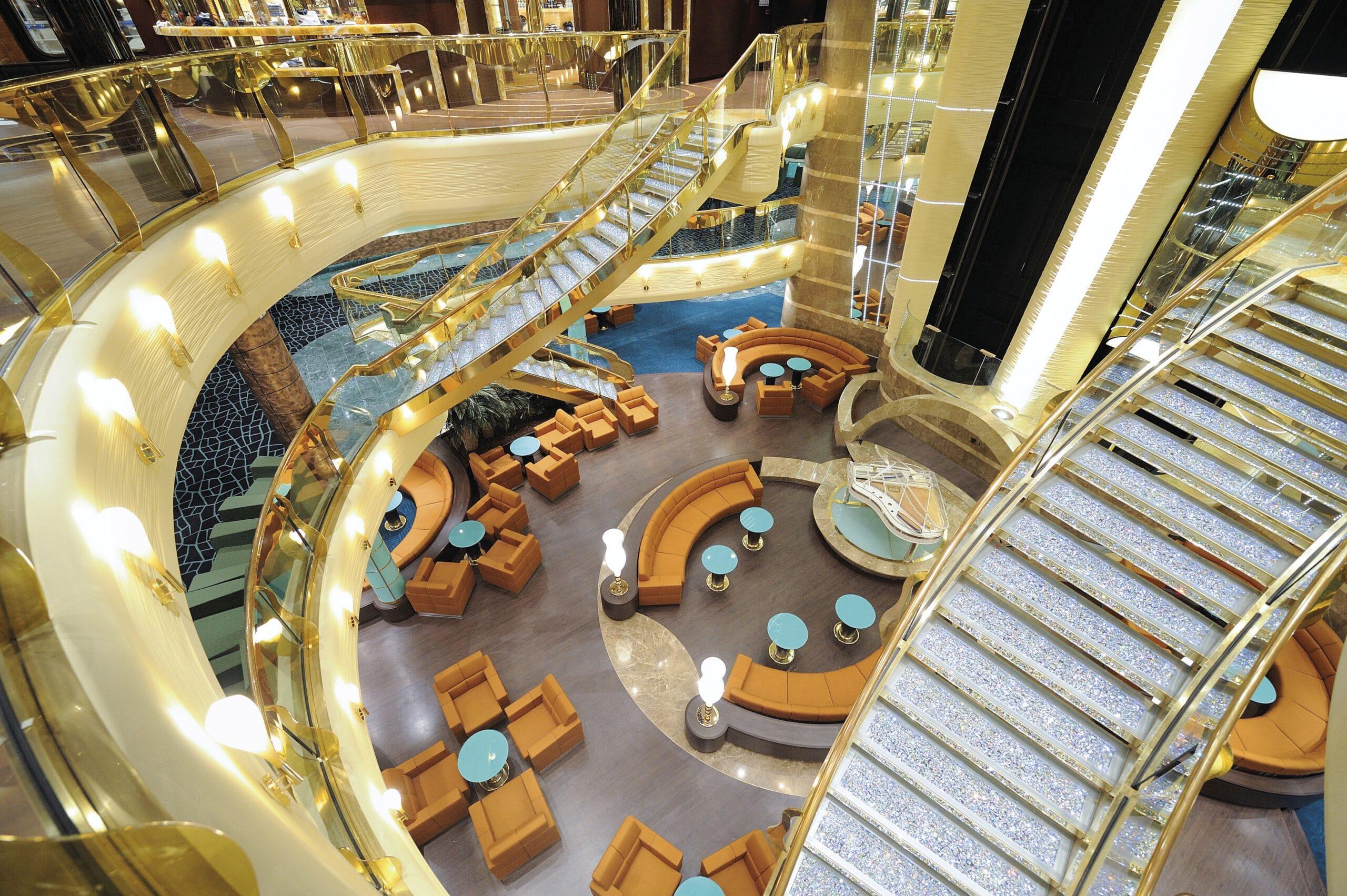 Cruiseschip-MSC Fantasia-MSC Cruises-Atrium