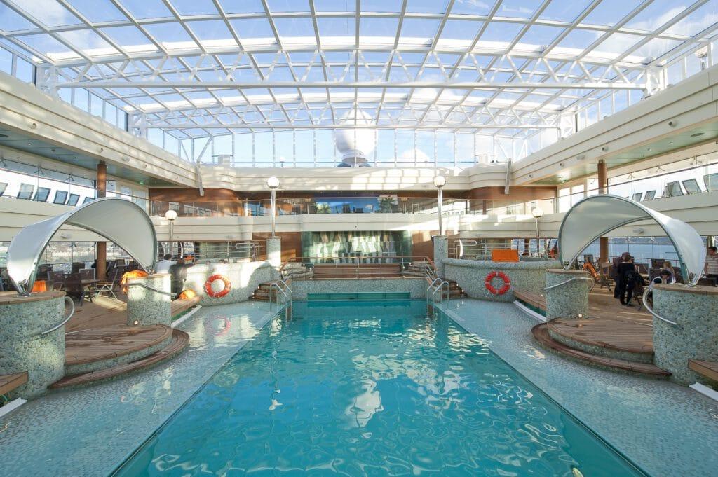 Cruiseschip-MSC Magnifica-MSC Cruises-Zwembad