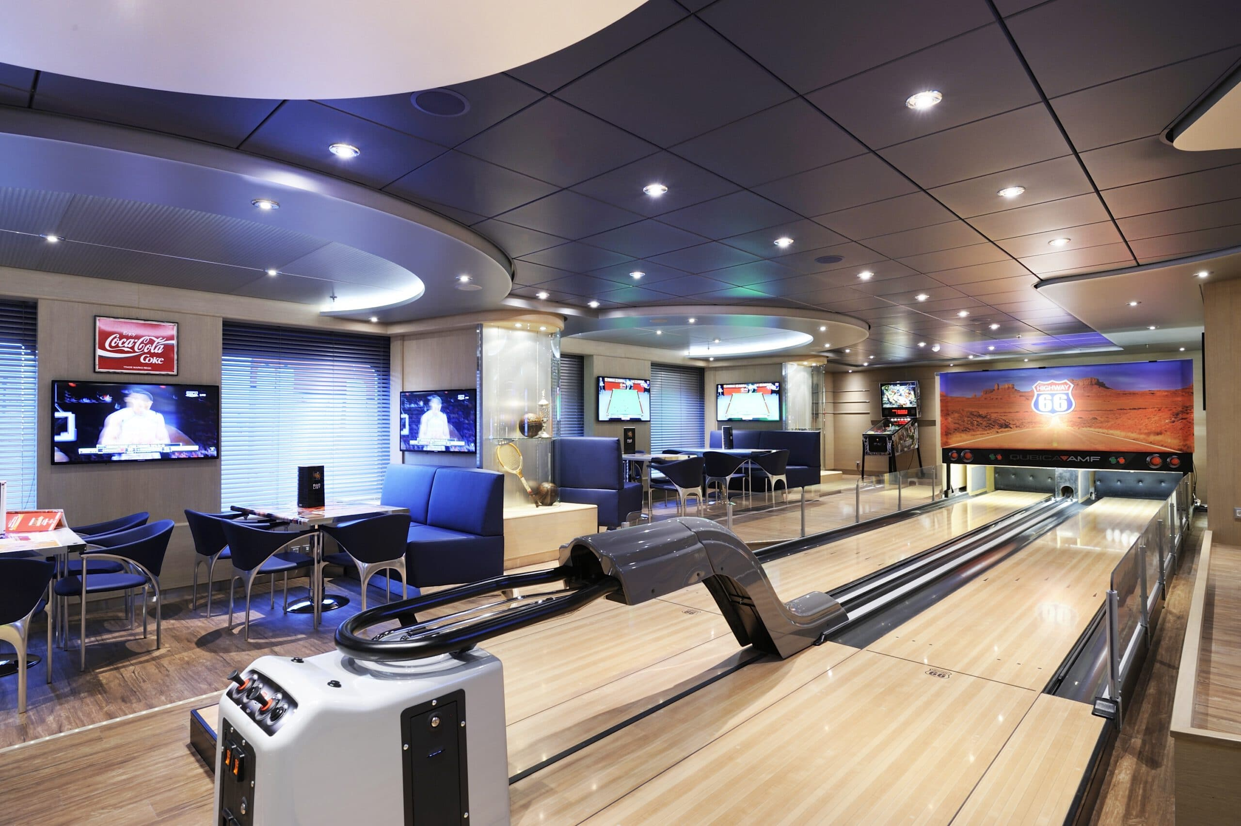 Cruiseschip-MSC Preziosa-MSC Cruises-Bowling