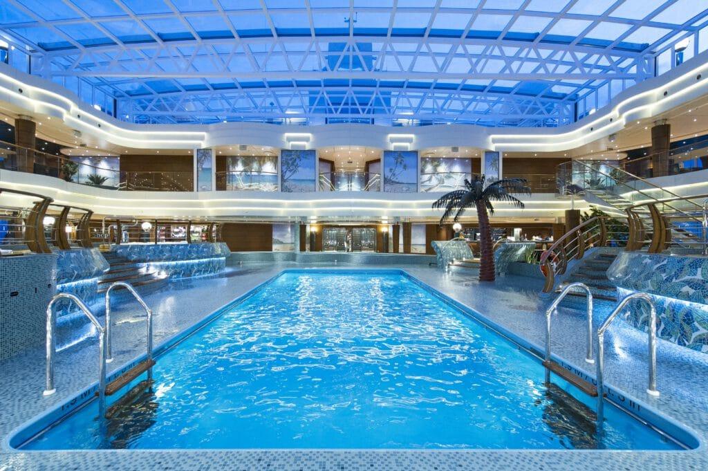 Cruiseschip-MSC Preziosa-MSC Cruises-Zwembad