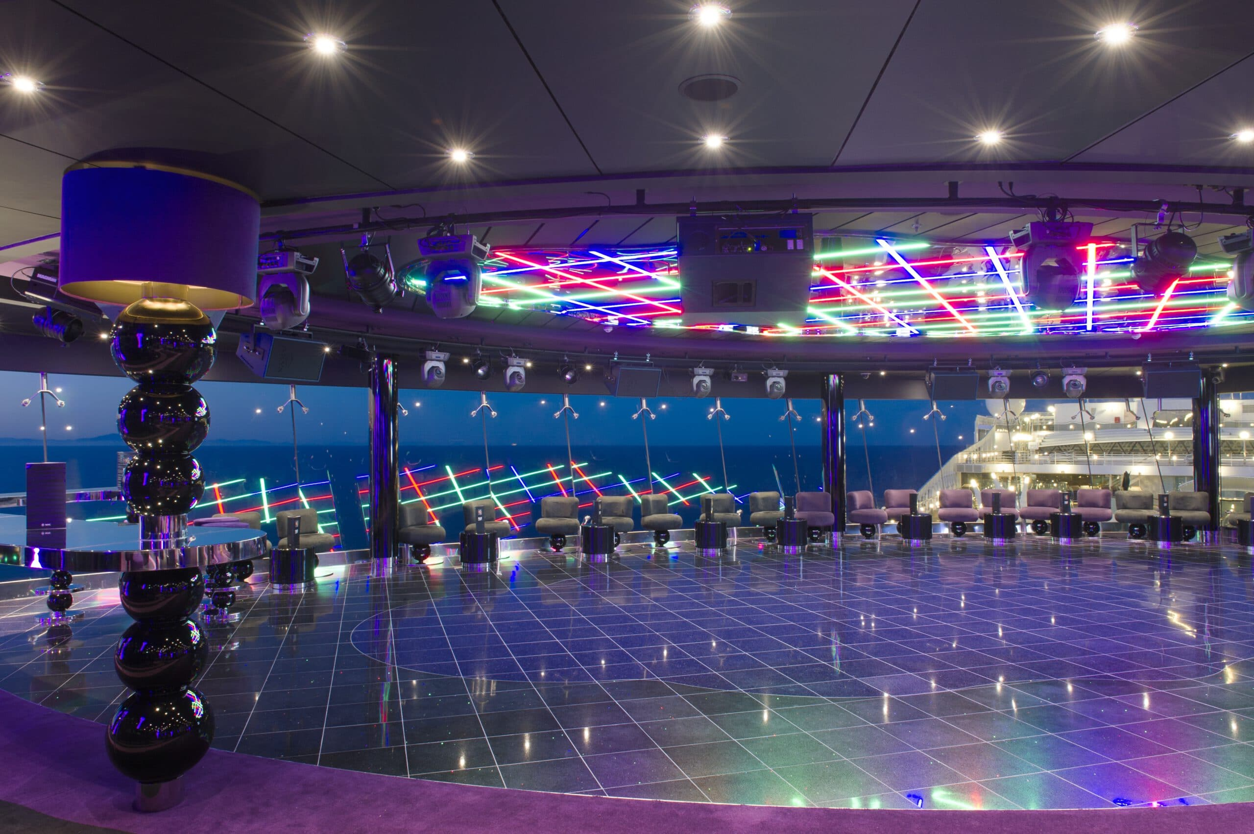 Cruiseschip-MSC Preziosa-MSC Cruises-Galaxy Lounge