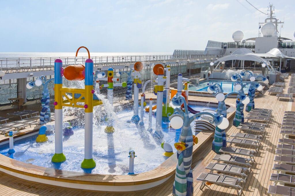 Cruiseschip-MSC Lirica-MSC Cruises-Kinderzwembad