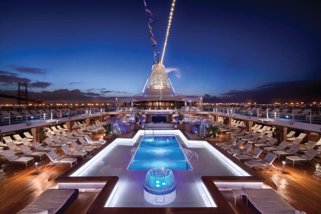 Cruiseschip-Riviera-Oceania Cruises-Pool