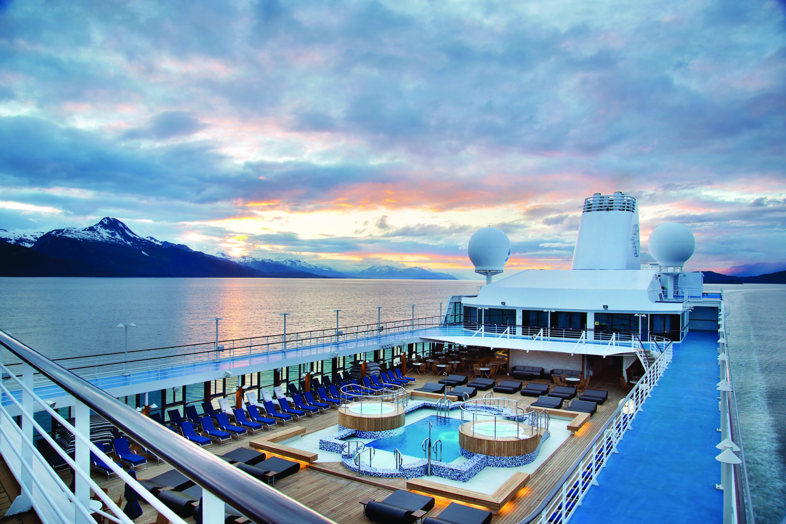Cruiseschip-Regatta-Oceania Cruises-Pool
