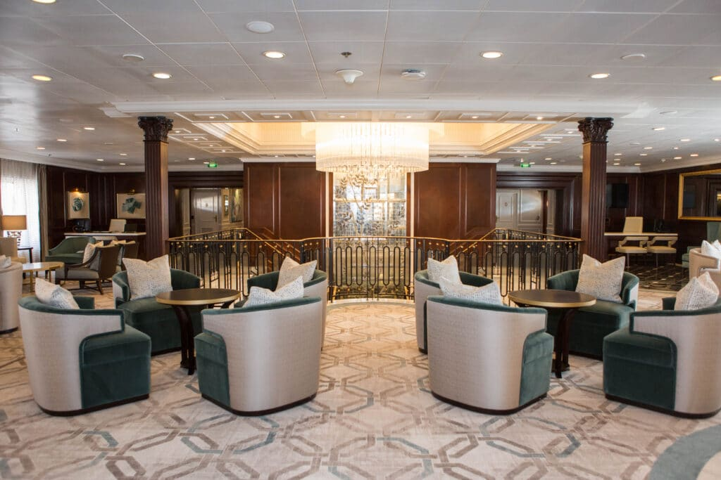 Cruiseschip-Sirena-Oceania Cruises-Hall