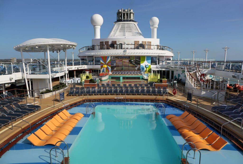 Cruiseschip-Anthem of the Seas-Royal Caribbean International-Zwembad Deck