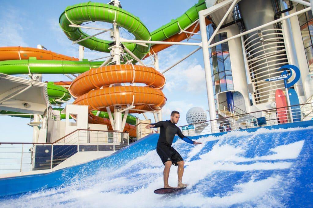 Cruiseschip-Liberty of the Seas-Royal Caribbean International-Flowrider