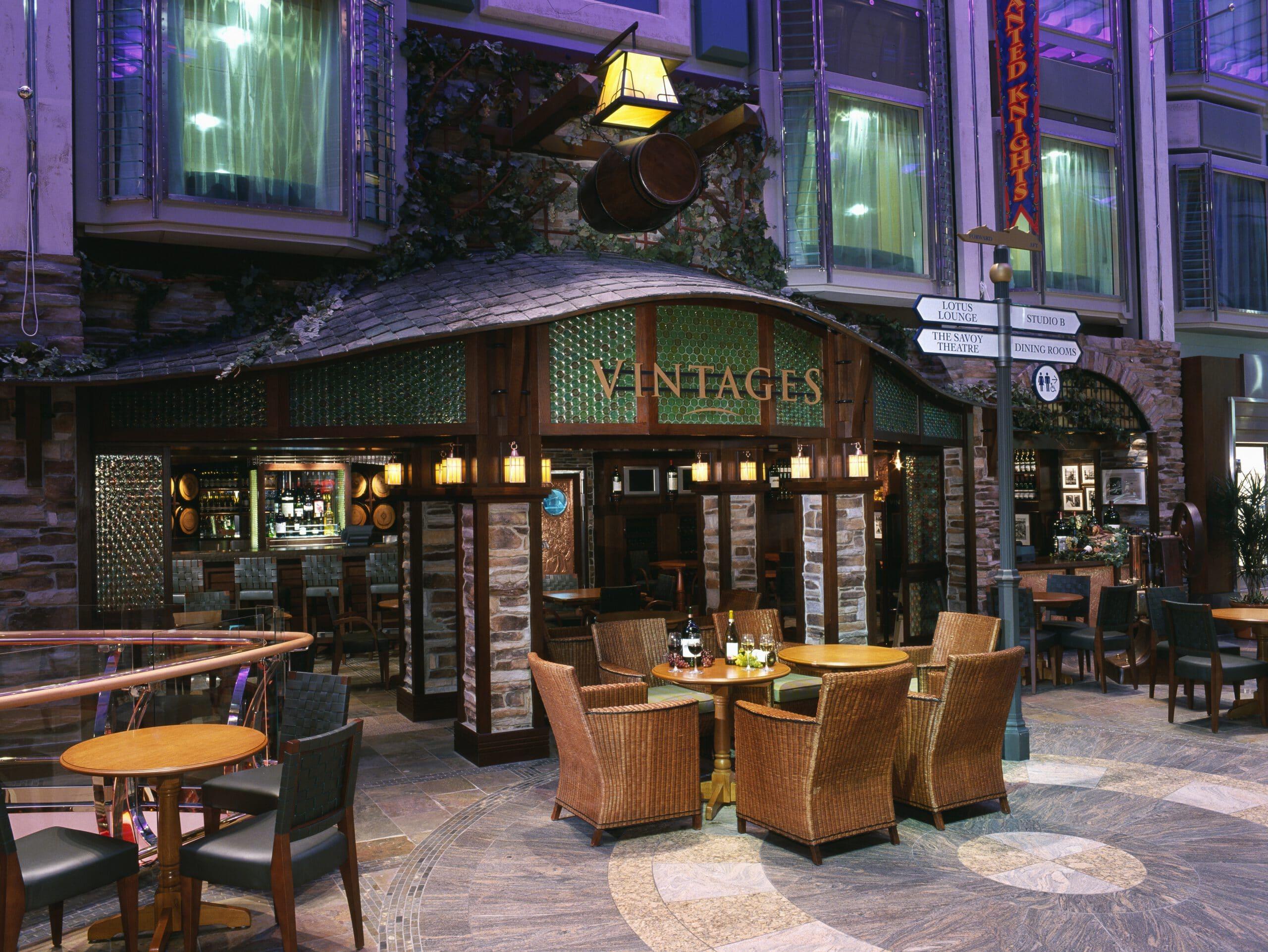 Cruiseschip-Voyager of the Seas-Royal Caribbean International-Vintages Lounge