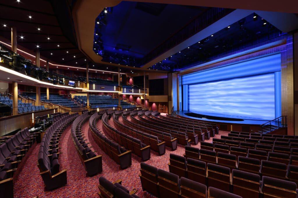 Cruiseschip-Odyssey of the Seas-Ovation of the Seas-Quantum of the Seas-Spectrum of the Seas-Royal Caribbean International-Theater