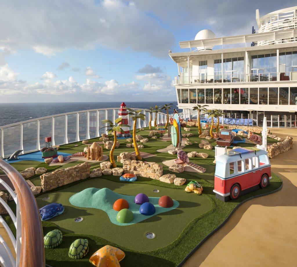 Cruiseschip-Symphony of the Seas-Royal Caribbean International-Mini Golf