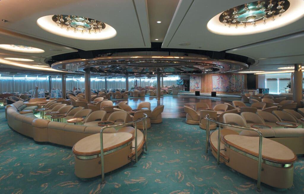 Cruiseschip-Vision of the Seas-Royal Caribbean International-Enchanted Lounge