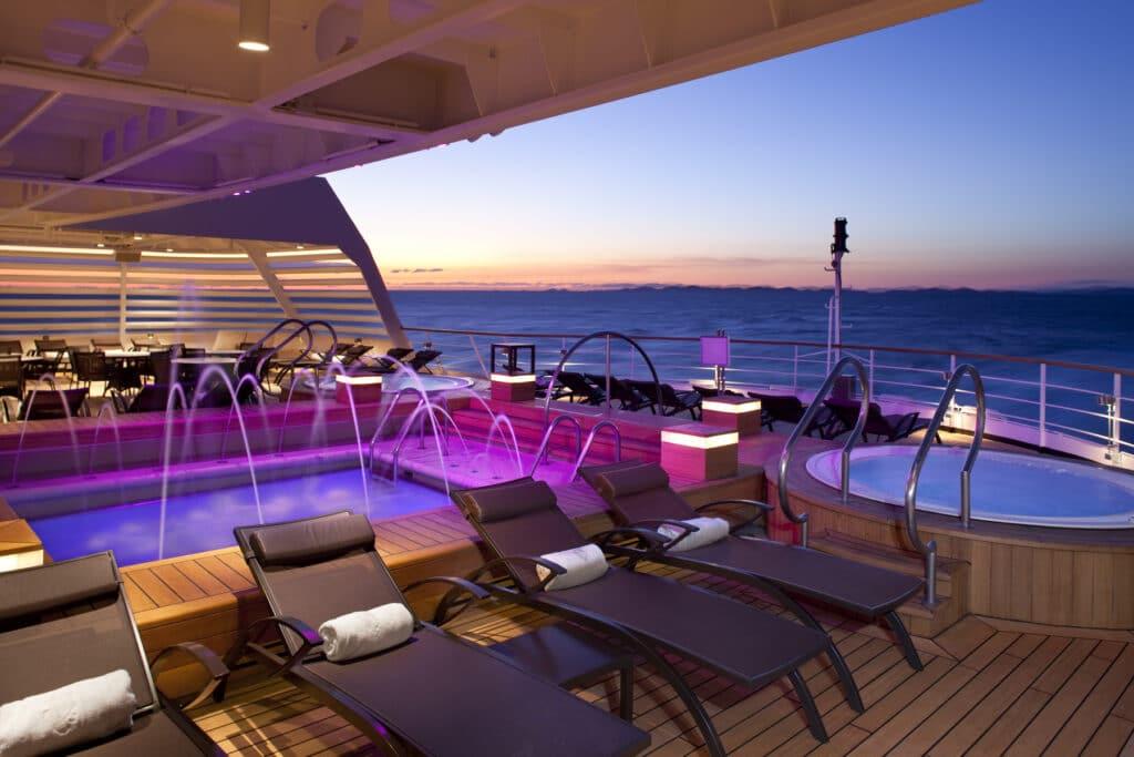 Cruiseschip-Seabourn Sojourn-Seabourn Cruise Line-Zwembad Achterdeck