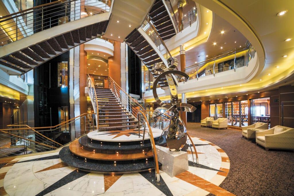 Cruiseschip-Seven Seas Voyager-Regent Seven Seas Cruises-Atrium