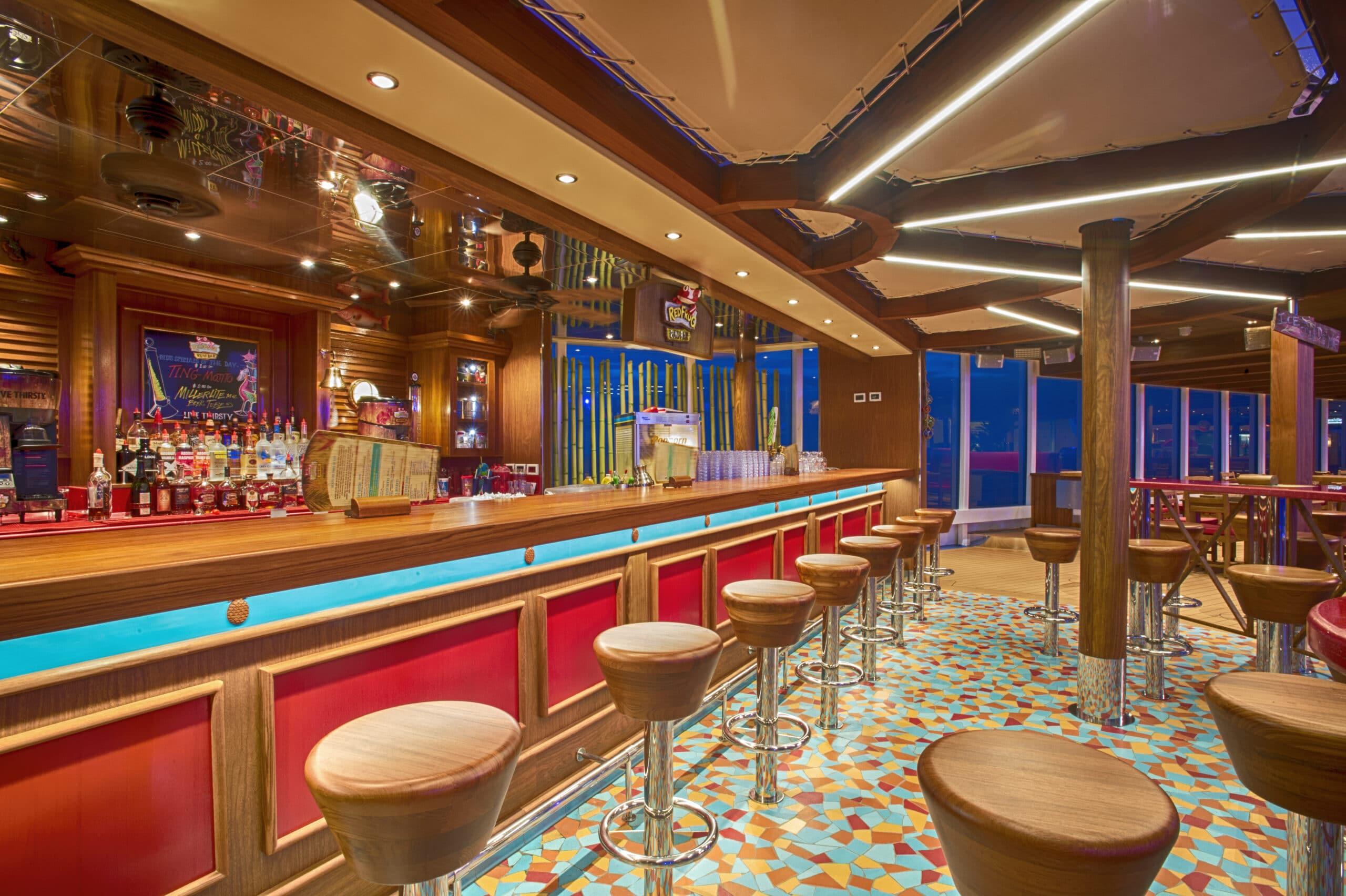 Cruiseschip-Carnival Vista-Carnival-RedFrog Bar