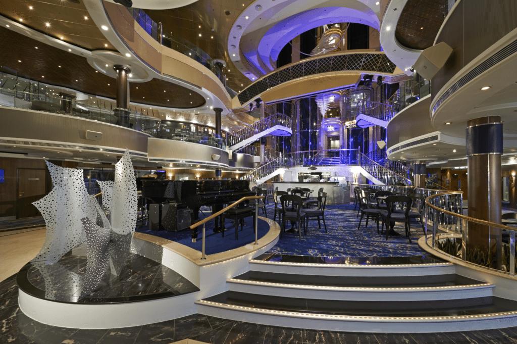 Cruiseschip-Norwegian Dawn-Norwegian Cruise Line-Atrium