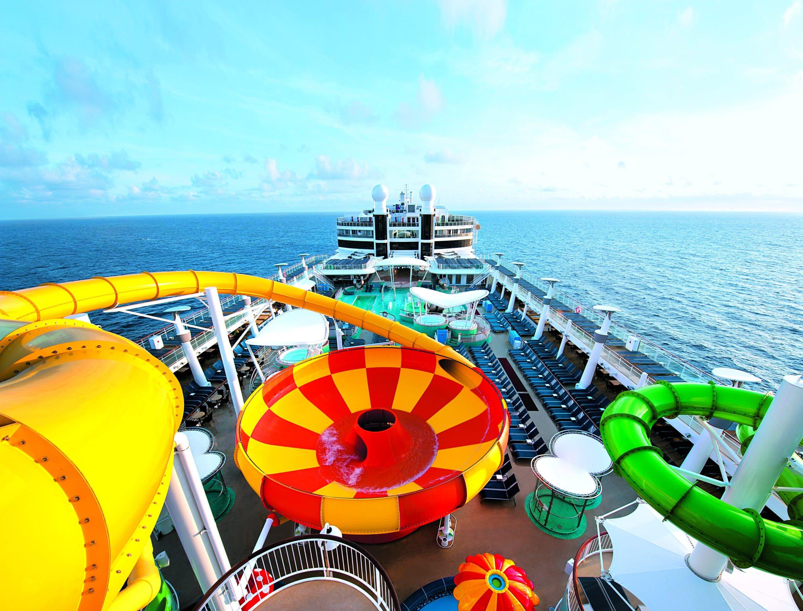 Cruiseschip-Norwegian Epic-Norwegian Cruise Line-Glijbanen