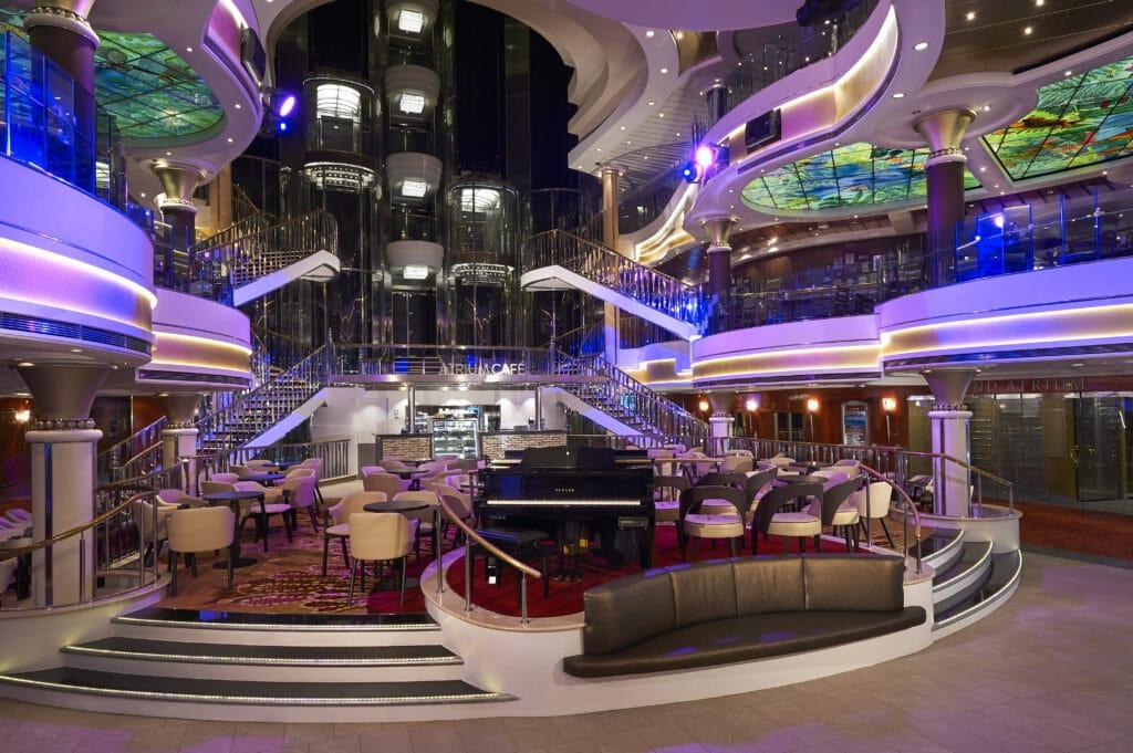 Cruiseschip-Norwegian Star-Norwegian Cruise Line-Atrium