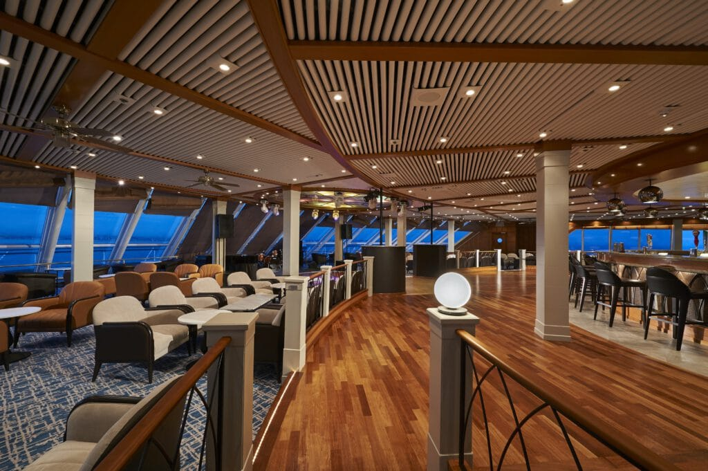 Cruiseschip-Norwegian Sun-Norwegian Cruise Line-Spinnaker Lounge