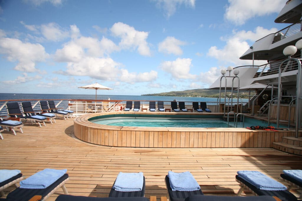 Cruiseschip-SeaDream I-Seadream Yacht Club-Zwembad