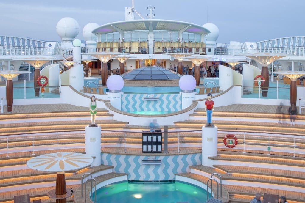 Cruiseschip-AIDAluna-AIDA Cruises-Zonnendeck