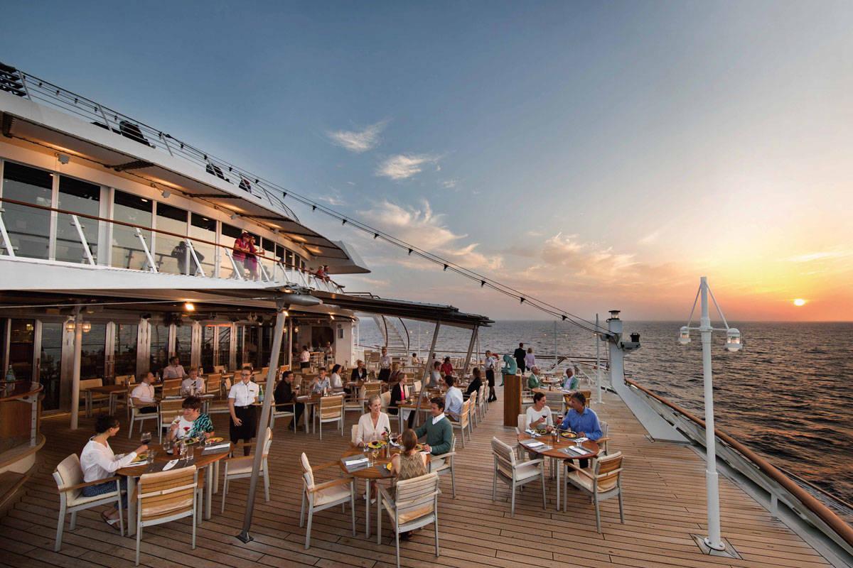 Cruiseschip-MS Europa-Hapag Lloyd-Restaurant Lido Cafe