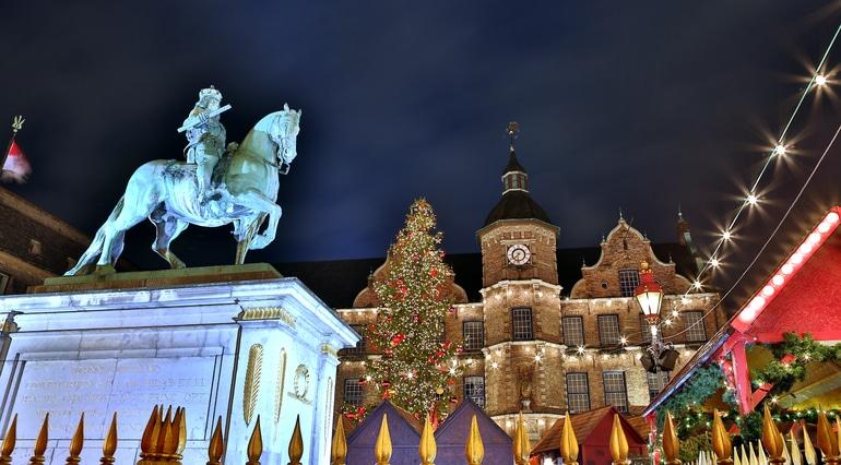 Friendschip-Kerstsfeer-Dusseldorf RIvierschip RIviercruise