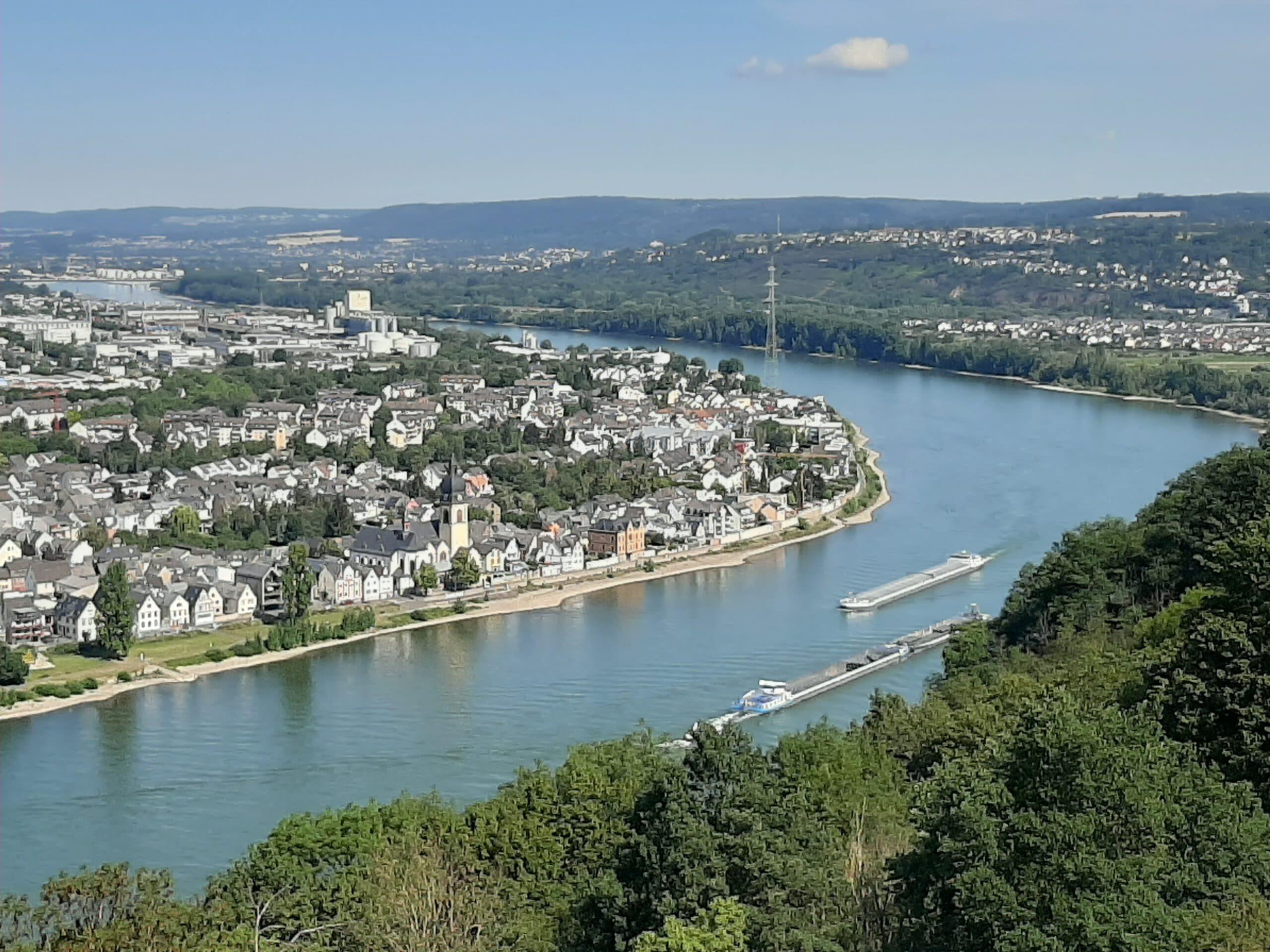 Viva-Cruises-Viva-Inspire-rivercruise-schip-uitzicht-rijn