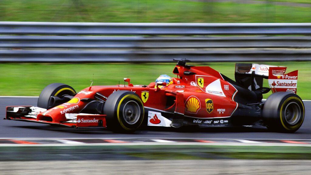 Formule1-Cruise-Ferrari