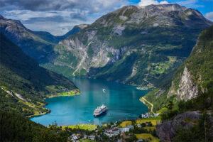 bergen-noorwegen-cruise-cruiseschip