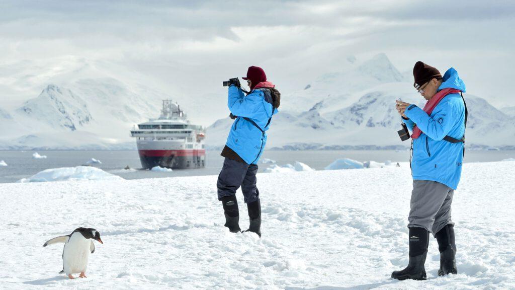 Cruiseschip-Hurtigruten-MS Fram-Schip-Schip Sfeer