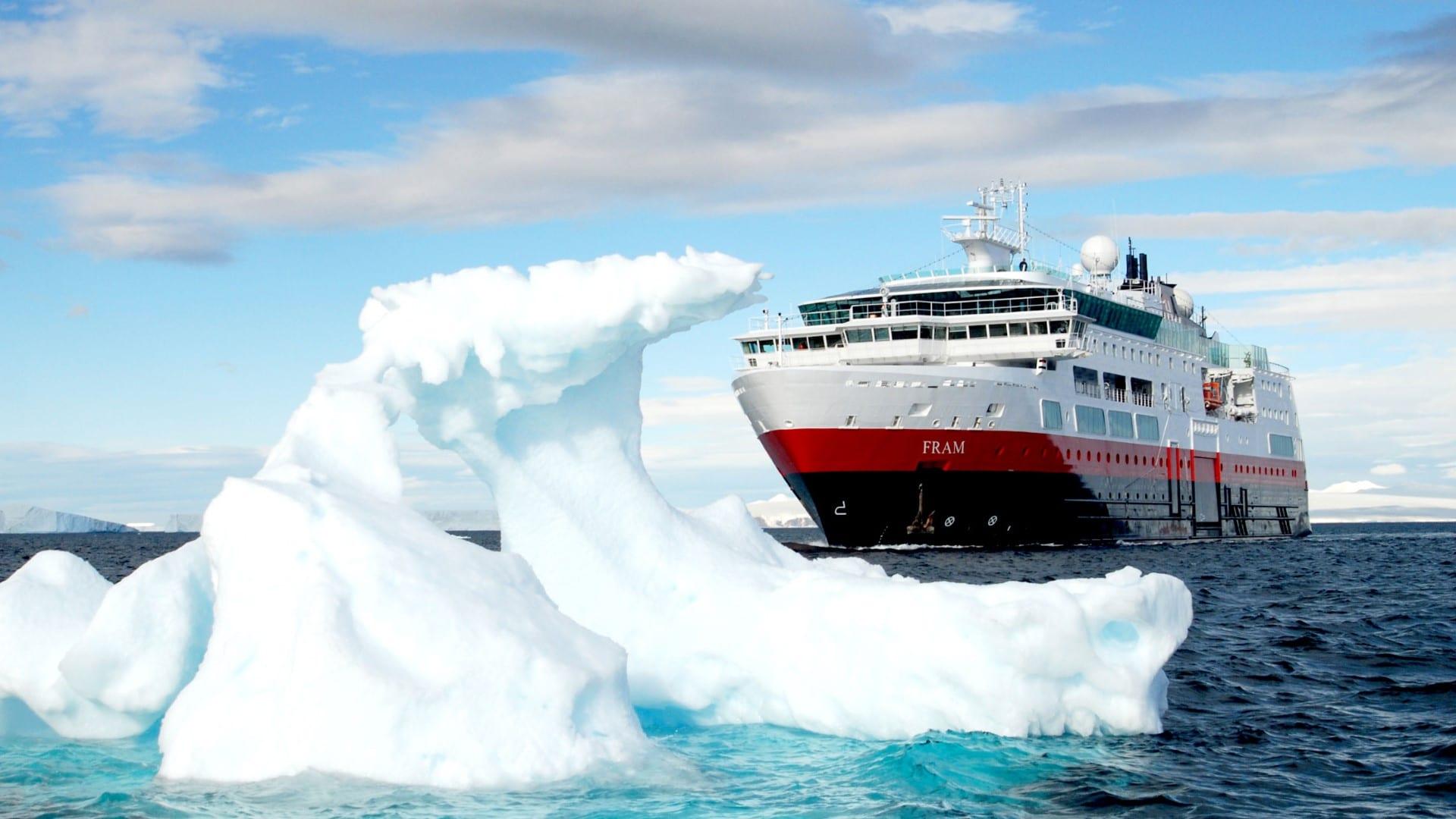 Cruiseschip-Hurtigruten-MS Fram-Schip-Schip1