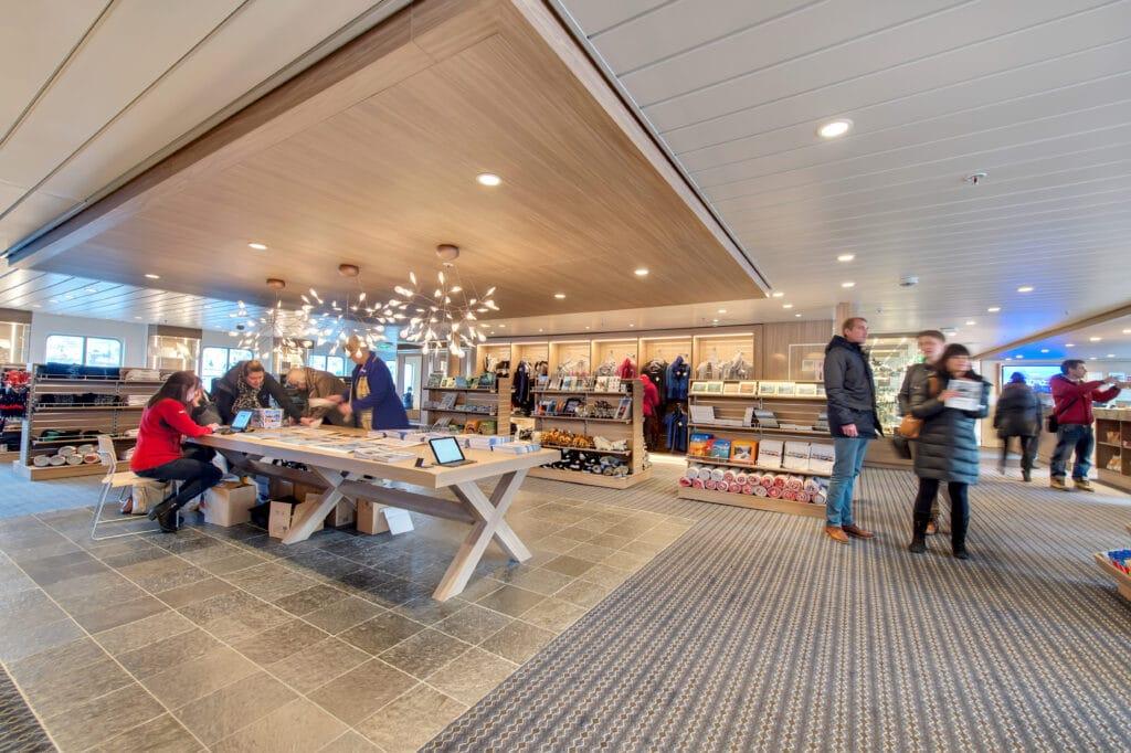 Hurtigruten-MS Kong Harald-Schip-Cruiseschip-Shop