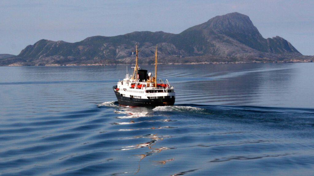 Cruiseschip-Hurtigruten-MS Nordstjernen-schip-Schip2