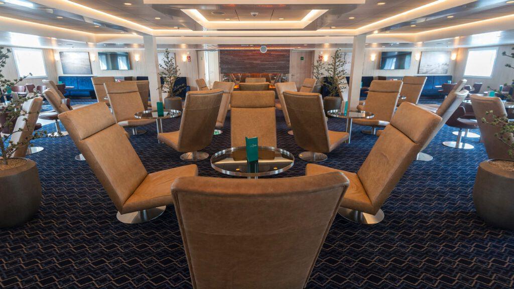 Cruiseschip-Hurtigruten-MS Spitsbergen-schip-Lounge
