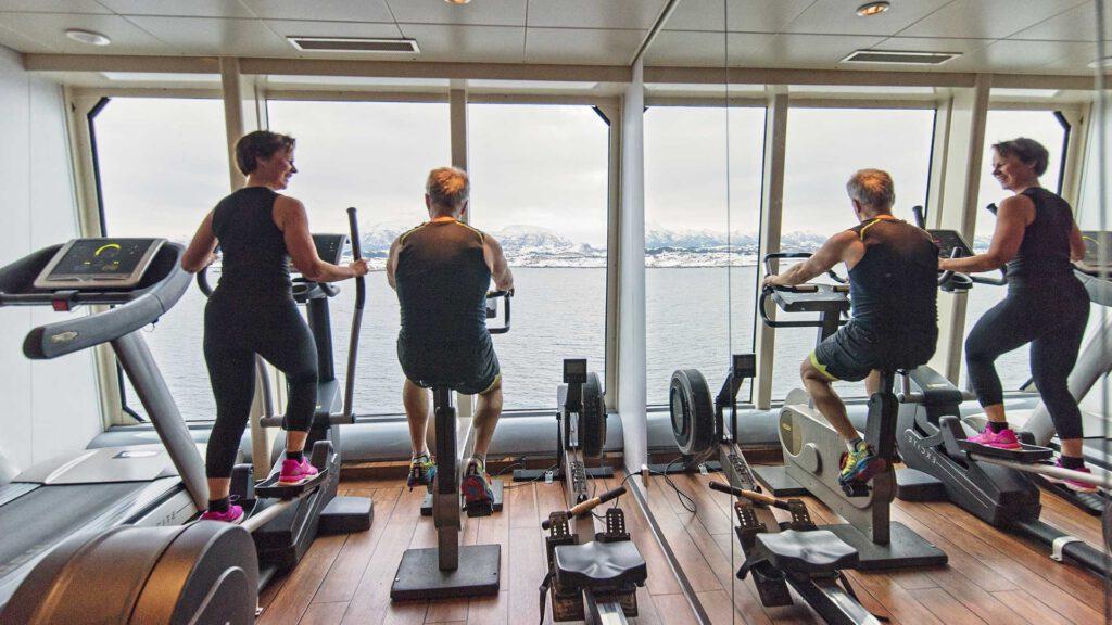 Cruiseschip-Hurtigruten-MS Trollfjord-schip-Fitness