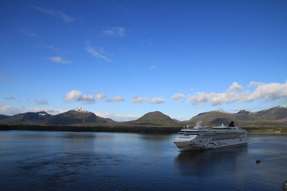 Verenigde-Staten-alaska-ketchikan-cruise-bergen-zee